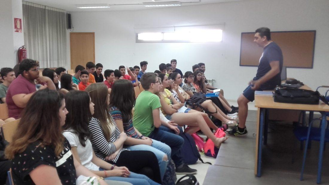Juan Antonio Pardo Vidal gana el Premio de Narrativa Infantil y Juvenil de la Diputación